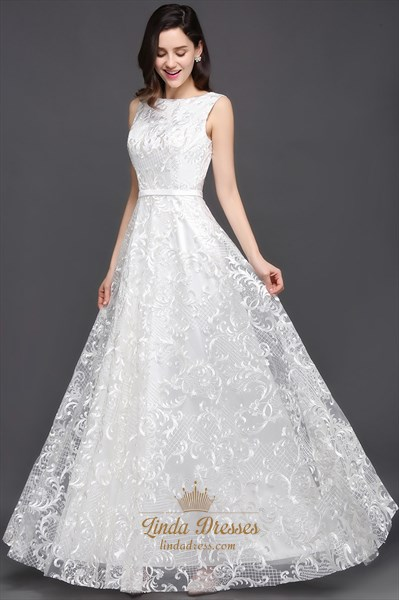 A-Line Elegant V-Back Sleeveless Lace Overlay Floor-Length Prom Dress