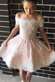 Off-The-Shoulder Sleeveless Knee Length A-Line Lace Homecoming Dress