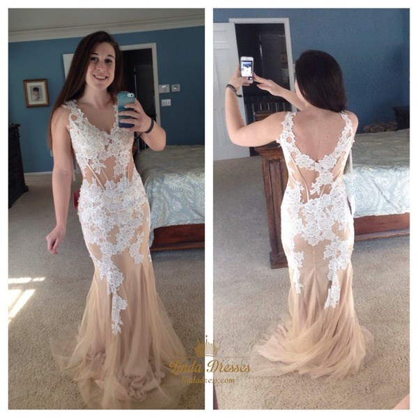 Floor Length Sleeveless V-Neck Tulle Prom Dress With Lace Applique