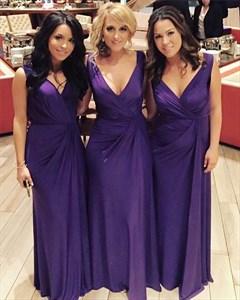 Simple Purple V-Neck Sleeveless Floor-Length Chiffon Bridesmaid Dress