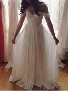Off-The-Shoulder Sweetheart Floor-Length Chiffon Beach Wedding Dress
