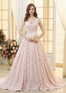 Elegant Sleeveless V-Neck Lace Overlay A-Line Ball Gown Evening Dress