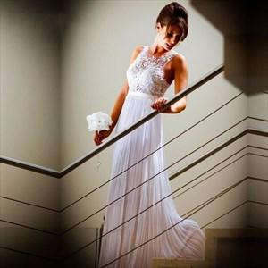 Sleeveless Lace Bodice A-Line Floor-Length Chiffon Beach Wedding Dress