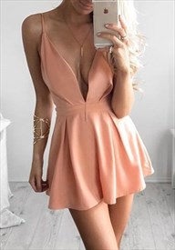 Peach Spaghetti Strap Plunging V-Neck A-Line Short Homecoming Dress