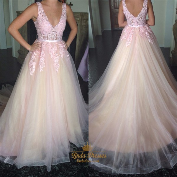 Sleeveless V-Neck Lace Applique Tulle A-Line Prom Dress With Open Back