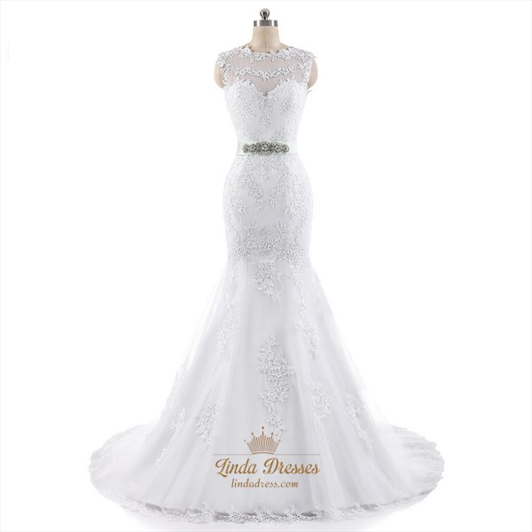 White Sleeveless Mermaid Lace Applique Wedding Gown With Waistband
