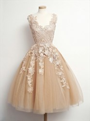 Knee Length Sleeveless A-Line Lace Applique Tulle Homecoming Dress