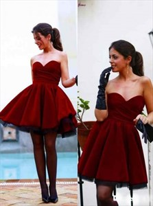 Burgundy Short A-Line Strapless Sweetheart Neckline Homecoming Dress