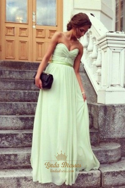 Floor-Length A-Line Strapless Sweetheart Ruched Chiffon Evening Dress