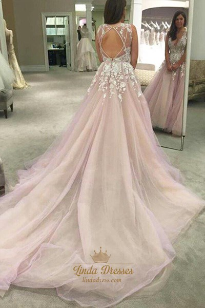 Sleeveless V Neck Floral Applique Ball Gown Prom Dress With Long Train