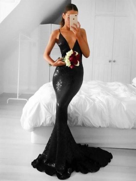 Plunging V-Neck Black Sequin Sleeveless Mermaid Floor-Length Prom Gown