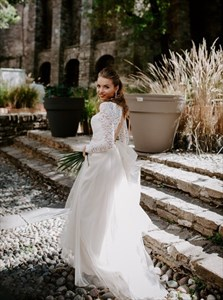 A-Line Lace Bodice Open Back Tulle Wedding Dress With Long Sleeves