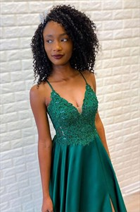 Emerald Green A-Line Spaghetti Straps Beaded Lace Applique Prom Dress